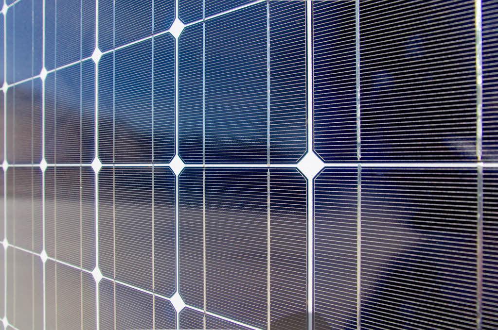 Inauguration de deux bâtiments de recherche en énergie solaire