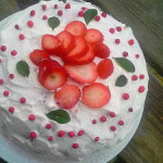 strawberry n cream cake