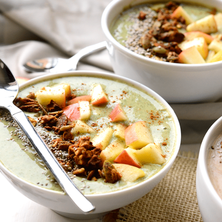 Apple Pie Smoothie Bowls