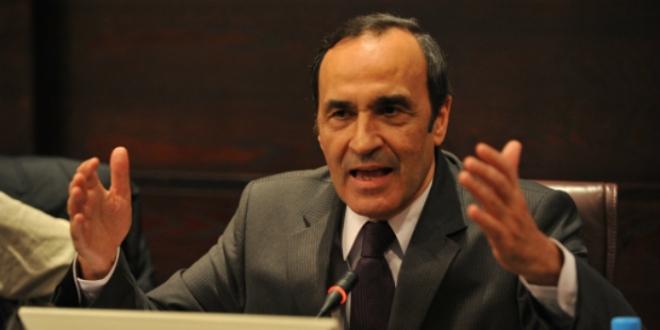 Réunion d'urgence au Parlement — Sahara