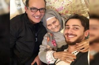 Saad Lamjarred avec son père et sa grand mère.