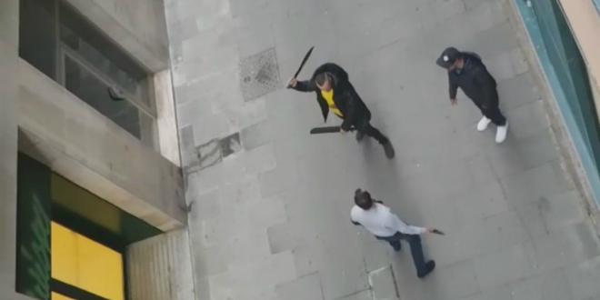 couteau-combat-barcelone