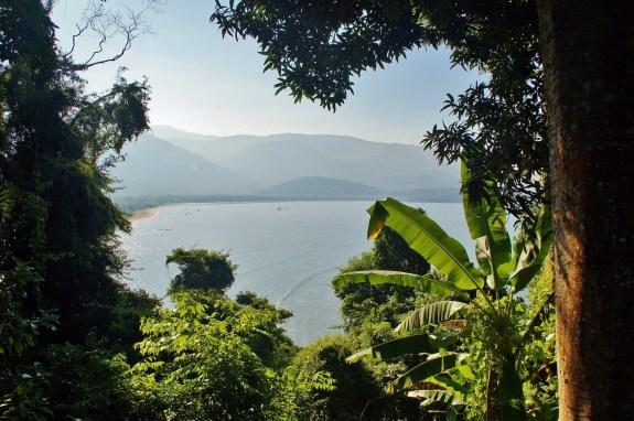 vue sur la baie paraty brésil