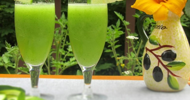 CUCUMBER AND MINT LEMONADE