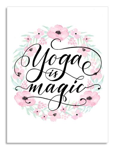 Regali per una donna con la passione per lo yoga: stampa d'arredo che unisce calligrafia e decorazione floreale | Poster calligrafici