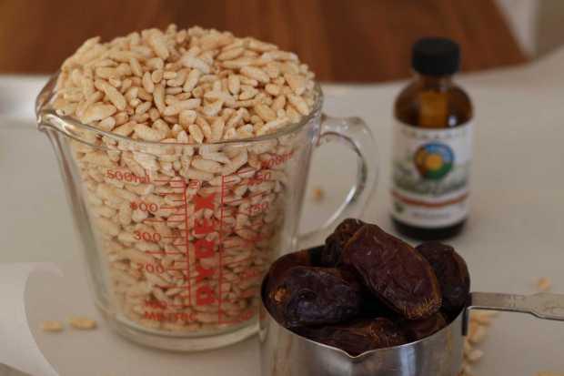 rice, dates and vanilla