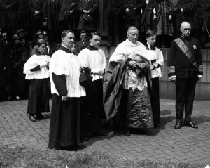 Cardinal Gibbons of Baltimore awards Admiral Benson the Order of St. Gregory on behalf of Pope Benedict XV, 1920. Archives of Archdiocese of Baltimore.