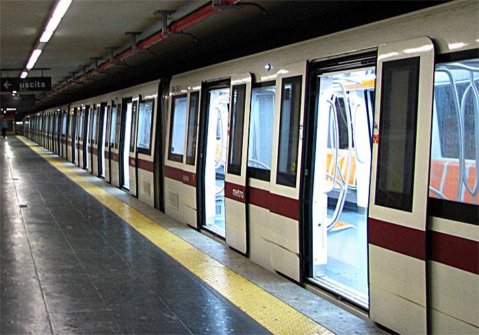 Sciopero a Roma, chiusa metro A