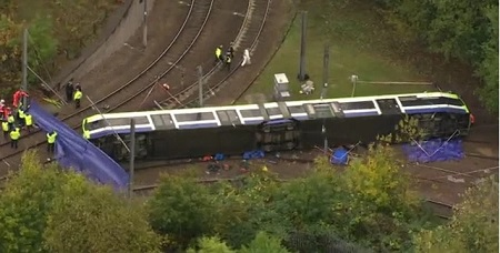 Gb: incidente tram Londra, ci sono morti