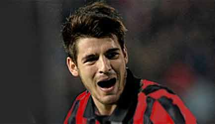 Manchester United, duello con il Milan per Belotti e Morata