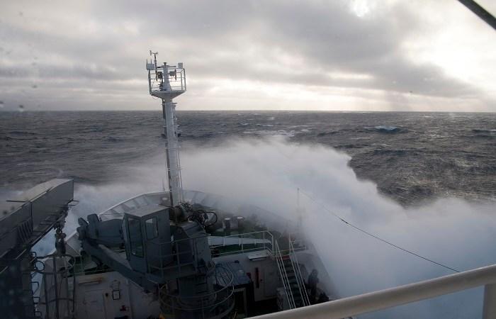 Nave Alliance in navigazione