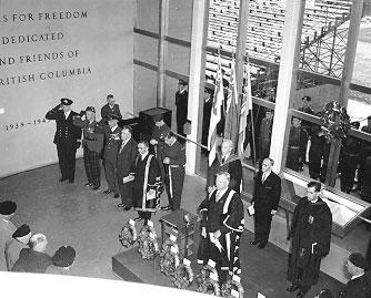http://i2.wp.com/www.library.ubc.ca/archives/warmemgym/1955-1.jpg?w=474