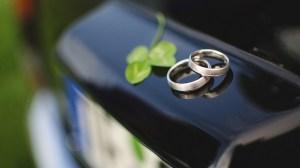 Glück durch Ehe by flickr.com