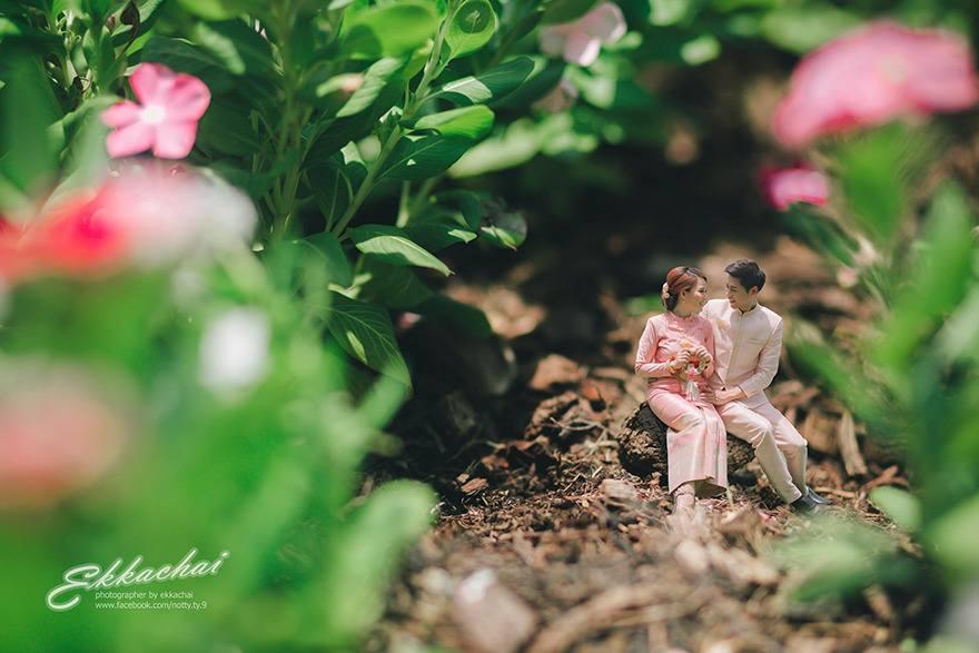 Newly married couples miniatures by Ekkachai Saelow