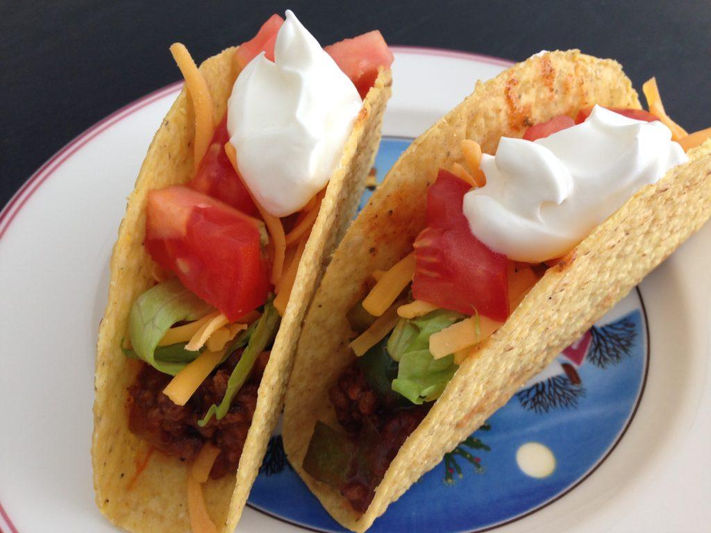Classic Weeknight Tacos, taco recipe, beef tacos, classic beef tacos