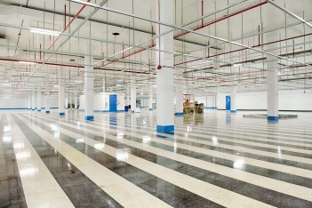 Top 6 Features to Look For When Choosing a Data Center