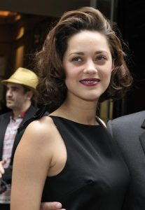 Marion_Cotillard_1_(July_2009)