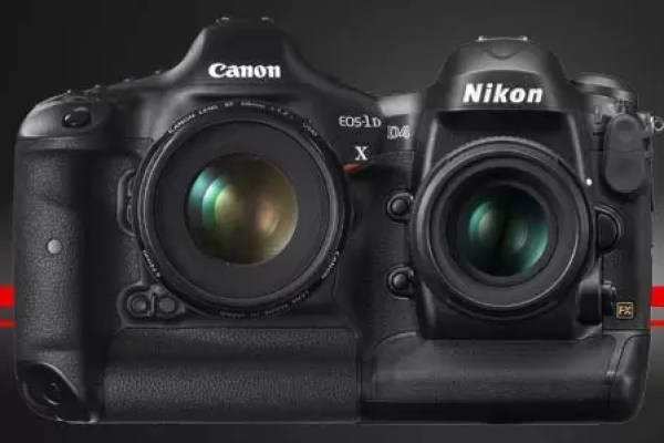 Nikon D4 and Canon 1DX