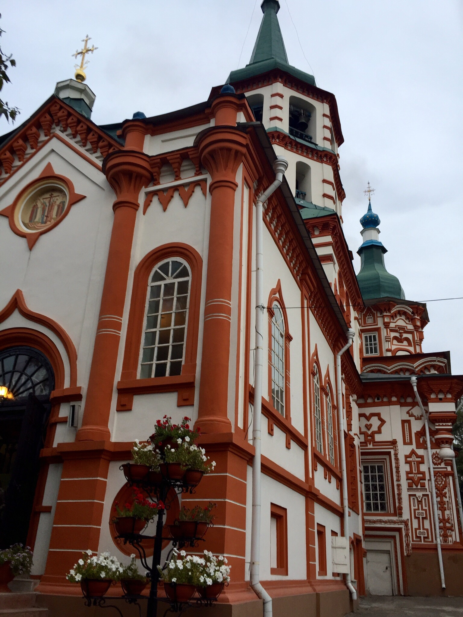 The Holy Cross Cathedral, one of the first buildings we saw as we walked around Irkutsk after our arrival. Inside it was a typical Orthodox catheral.