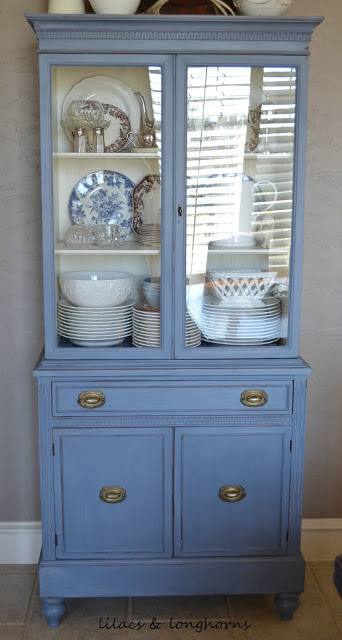 19 Great Hutch Makeovers {Favorite Things Friday}