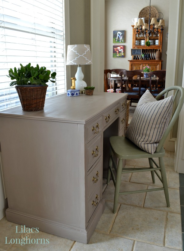 desk painted with Annie Sloan Chalk Paint