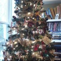 Burlap & Memories:  Rustic Christmas Tree