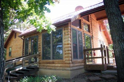 Rex's Cabin