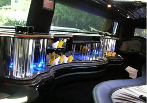 Photo of 20 passenger h2 hummer stretch limos in Connecticut