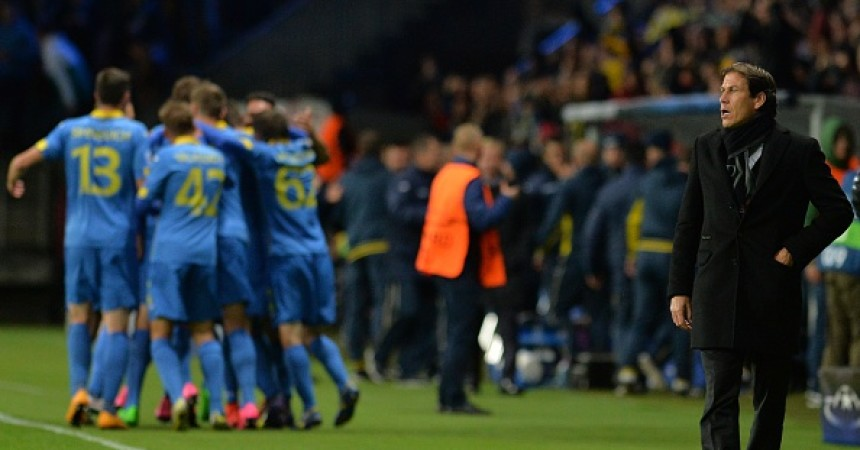 Roma's French coach Rudi Garcia reacts during the UEFA Champions League group E football match between FC BATE Borisov and AS Roma at the Borisov-Arena in Borisov outside Minsk on September 29, 2015. AFP PHOTO / MAXIM MALINOVSKY        (Photo credit should read MAXIM MALINOVSKY/AFP/Getty Images)