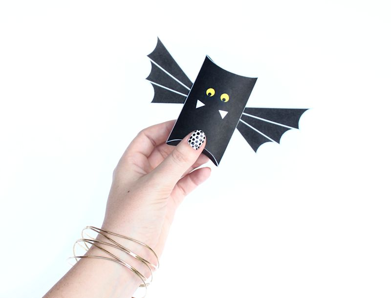 bat pillow box - freebie 1