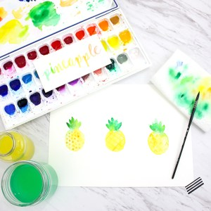 How to Paint a Watercolor Pineapple