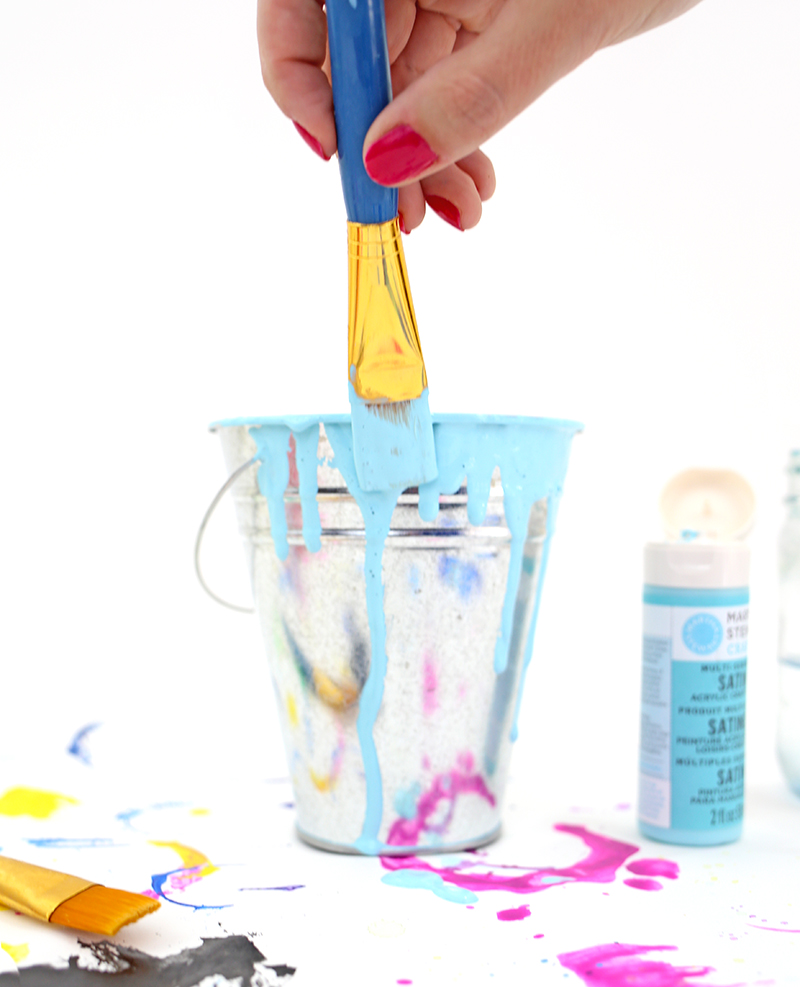 Drippy paint cup DIY pencil holder