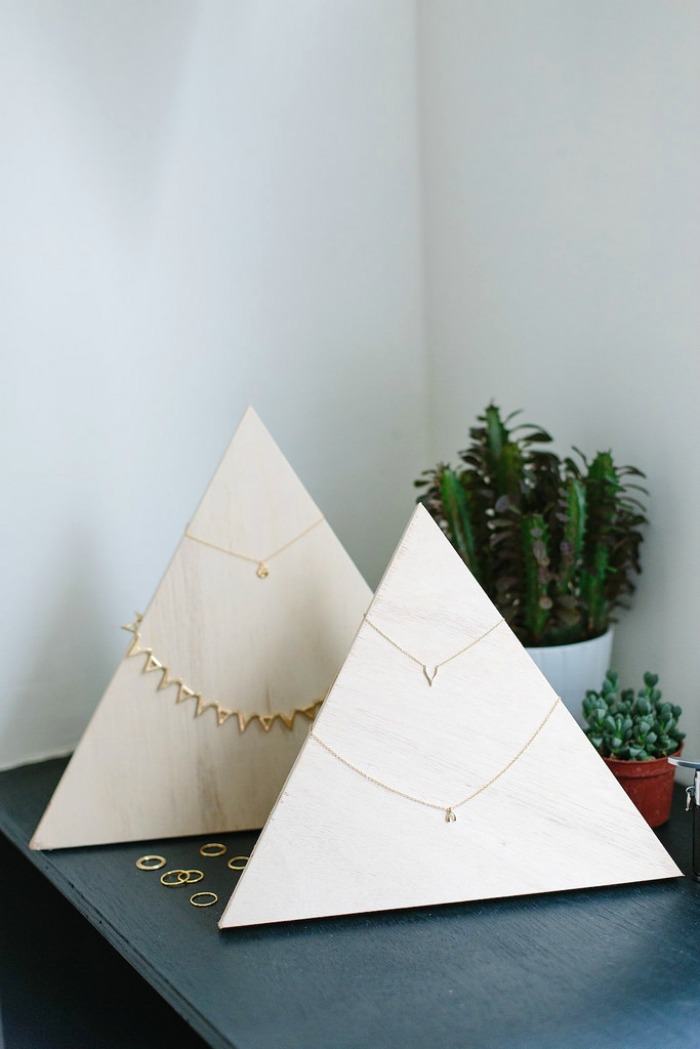 plywood-jewelry-pyramid-diy-organization