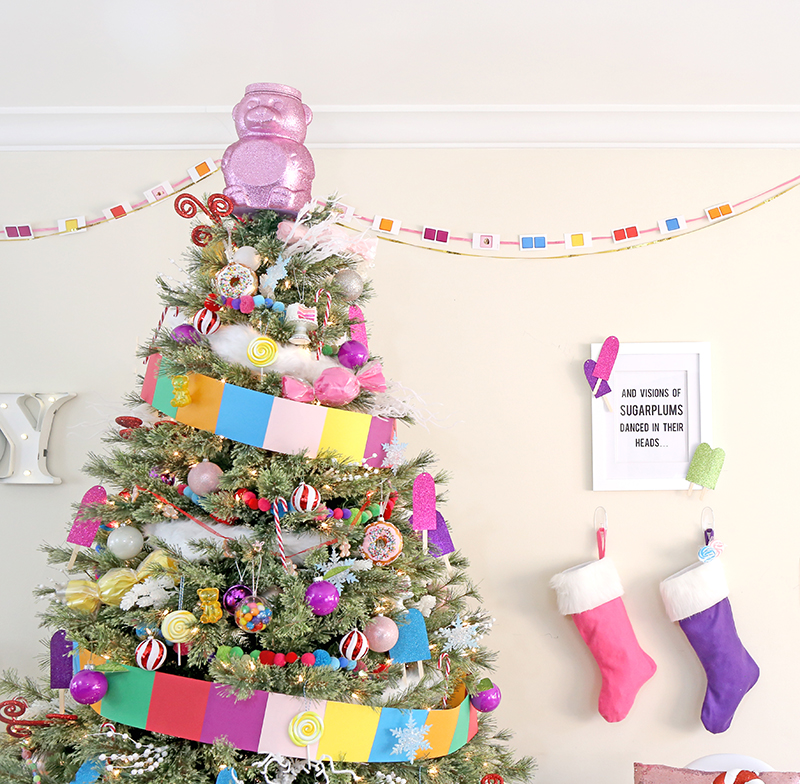 candy land christmas tree - Candy Themed Christmas Decorations