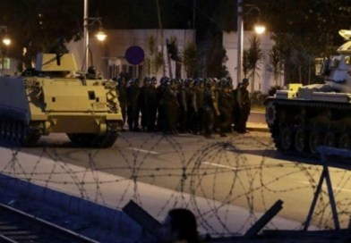 """Golpe militare in Turchia. L'esercito: """"Preso potere nel Paese"""""""
