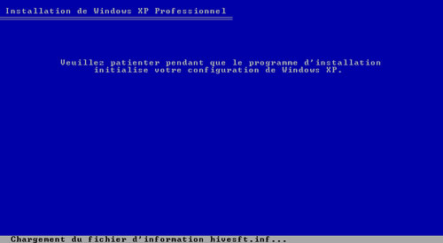 Le programme d'installation initialise votre configuration de Windows XP