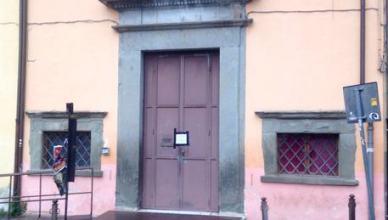 Grave attore a Pisa, strangolato durante scena impiccagione in teatro Lux a Pisa