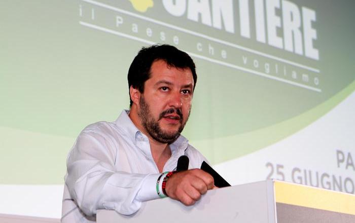 Brexit: Salvini, Italia controlli confini e moneta