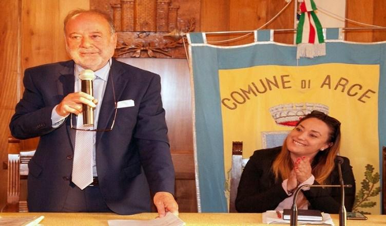 sara petrucci e il sindaco luigi germani (1)