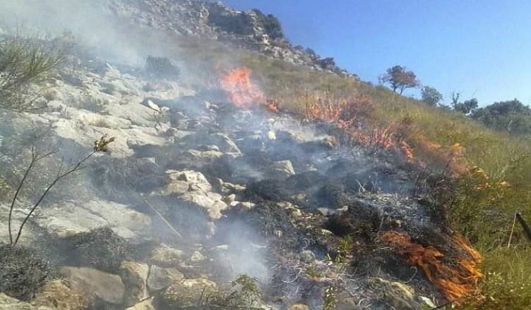 montagne in fiamme