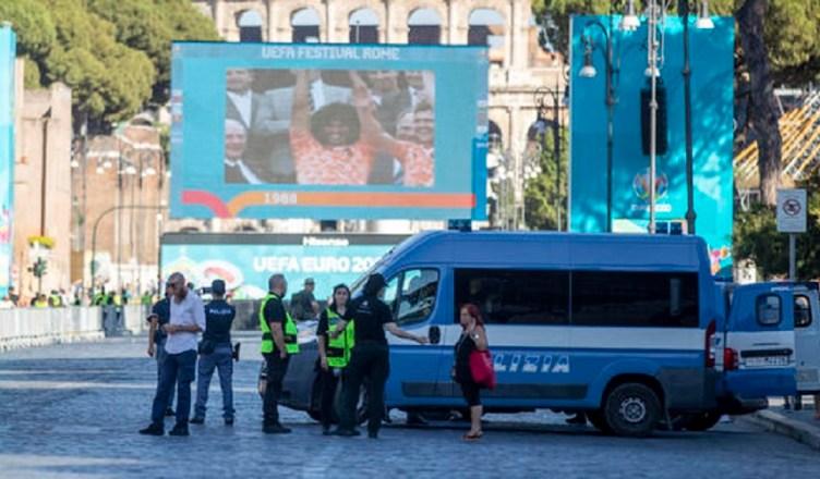 Europei: verso potenziamento controlli fan zone e piazze