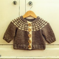 New Knitting Pattern: Porthole Cardigan!