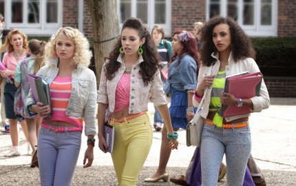 Working-coloured-jeans-neon-belts-cropped-denim-jackets