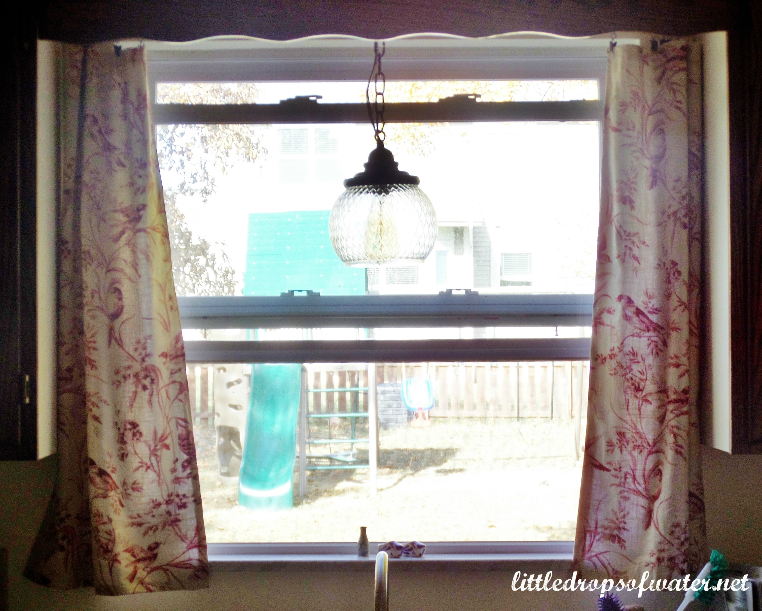 31 Days of Tackling the To-Do List: Kitchen Curtains