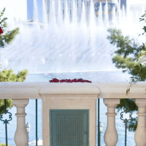 Terrazza di Sogno fountain wedding at Bellagio Courtesy: MGM Resorts