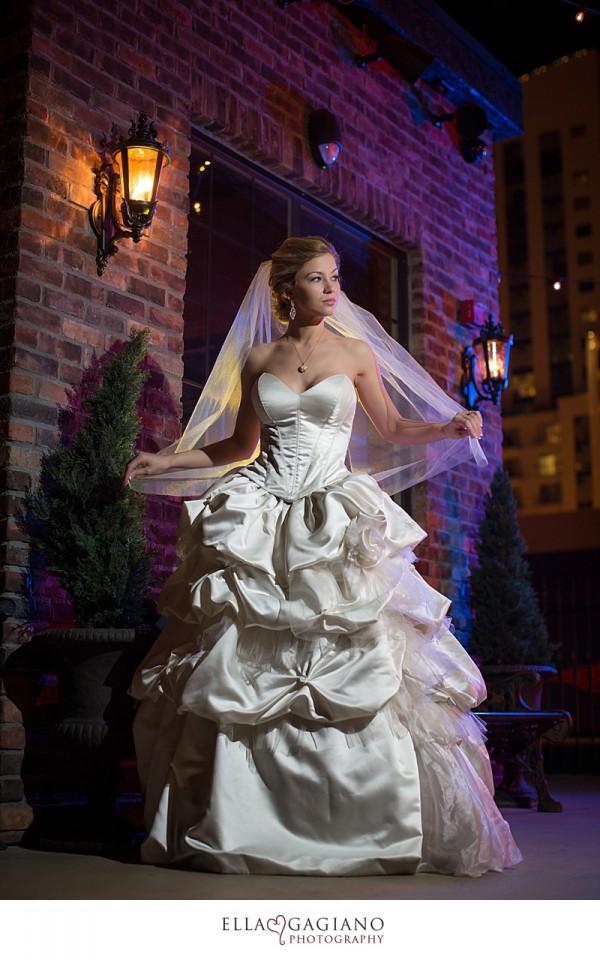 custom vegas wedding gowns