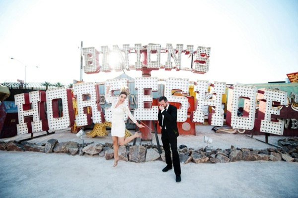 Do S And Dont S For A Memorable Vow Renewal In Las Vegas Little