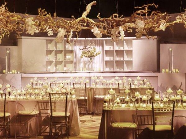 Ultimate Vegas Wedding Venue Guide Veil Pavilion At Silverton Little Vegas Wedding