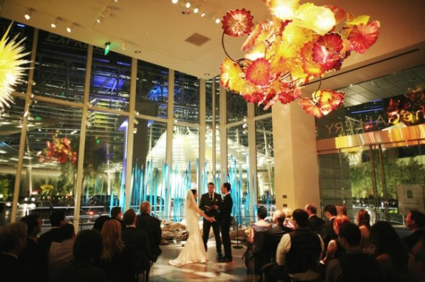 Chihuly gallery and aria suite wedding little vegas for Aria wedding chapel