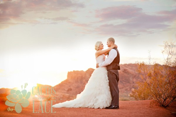 Stylish Valley of Fire Weddings | Little Vegas Wedding